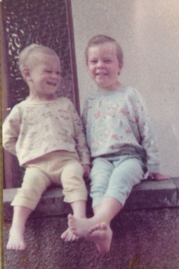 Ross with younger brother Derrick, after a clean bath in Kilbirnie, 1979.