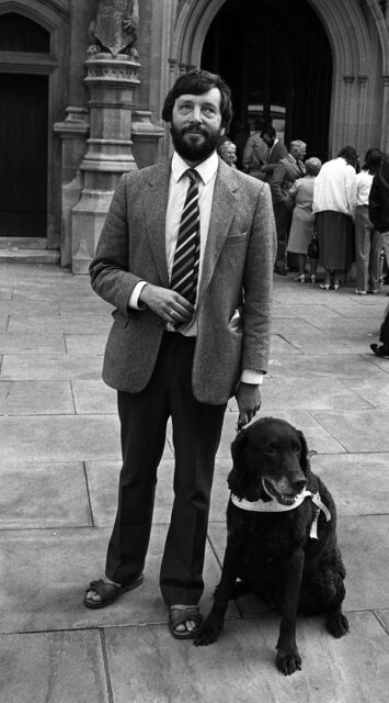 David Blunkett with his guide dogTeddy outside the Commons in 1987