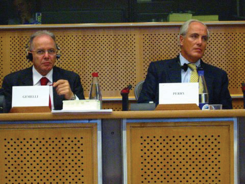 Roy (right) in the European parliament with former MEP Nino Gemelli